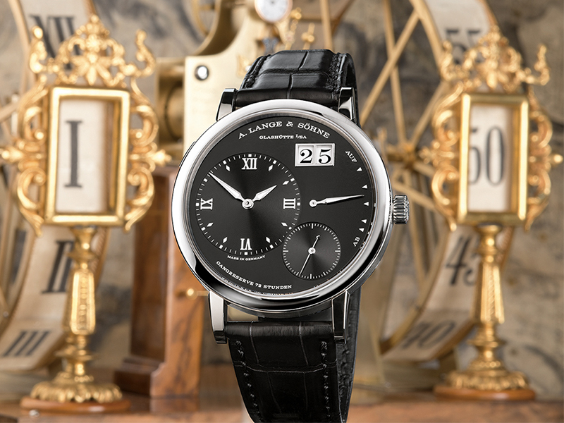 Feature - 2 Grand Lange 1 117.028