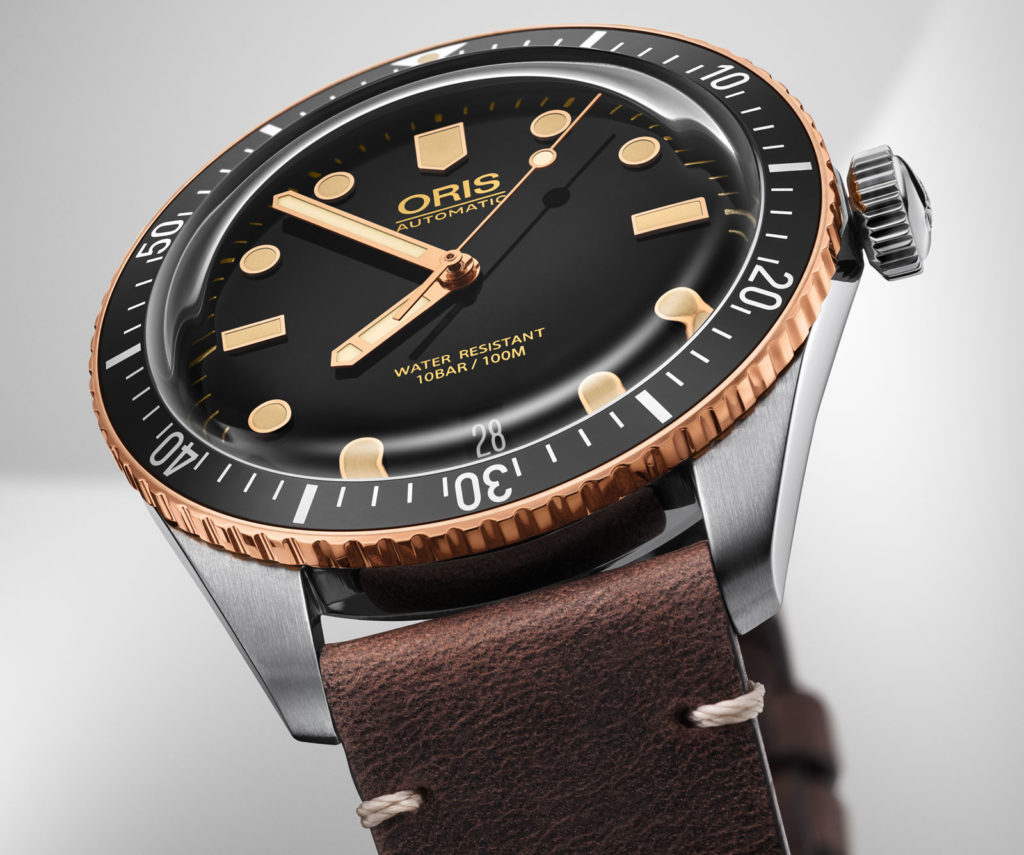 Feature - 0 Divers Sixty-Five 40mm