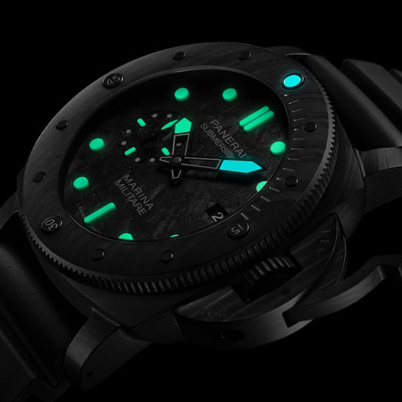 Feature - 1 SUBMERSIBLE MARINA MILITARE CARBOTECH PAM00979