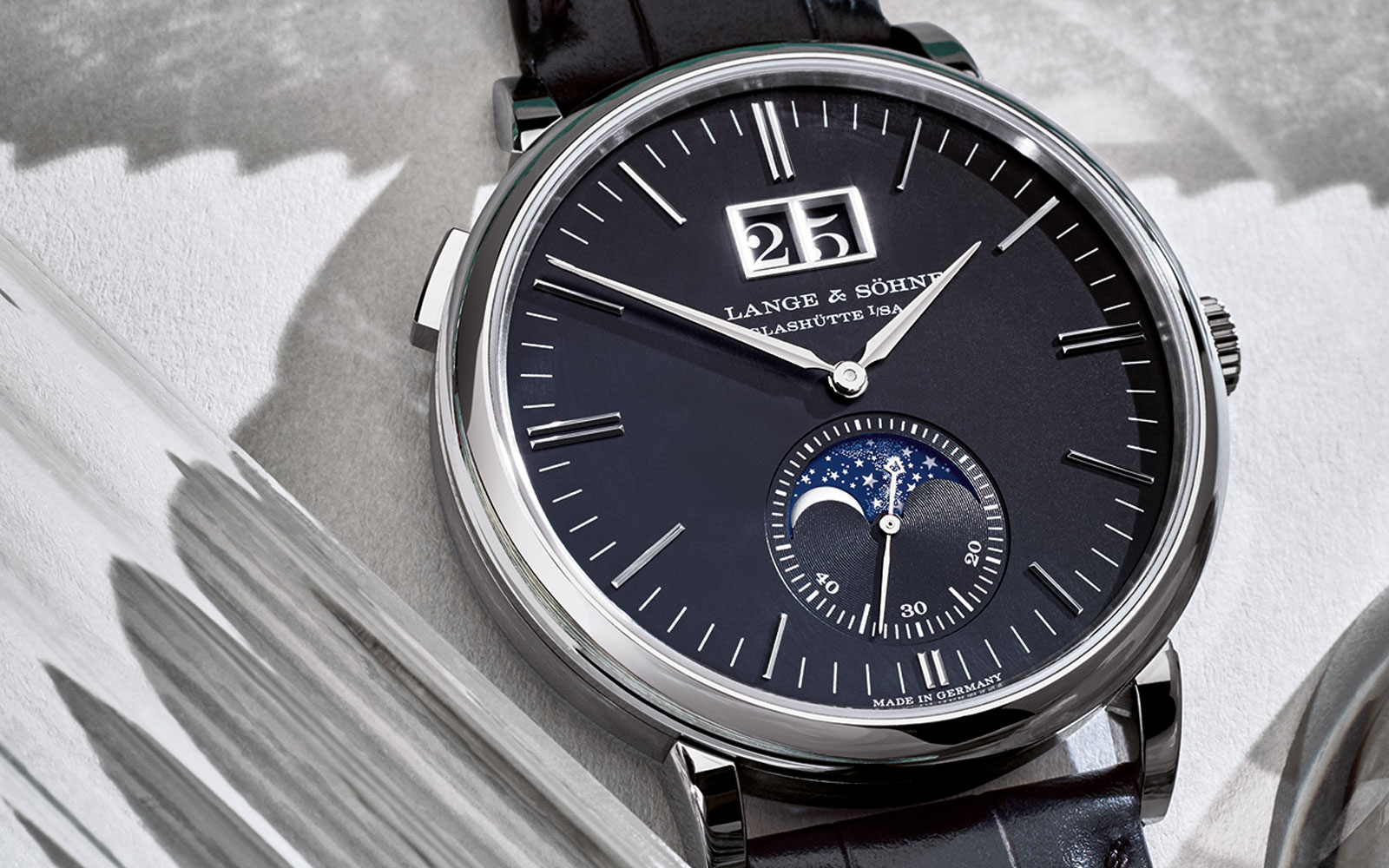 Saxonia Moon Phase 384.029 - feature