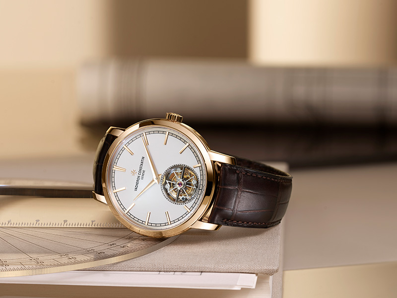 wos vc traditionelle_0003_TRADITIONNELLE_TOURBILLON_PACKSHOT_ORA_ITO.jpg